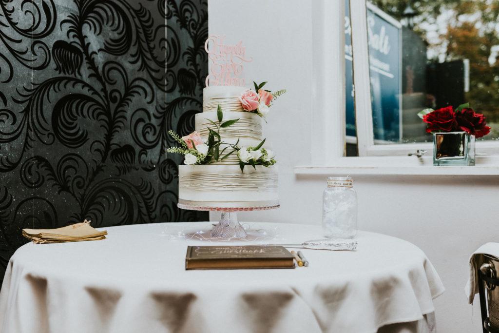 Choosing A Wedding Cake: By KatyBakey